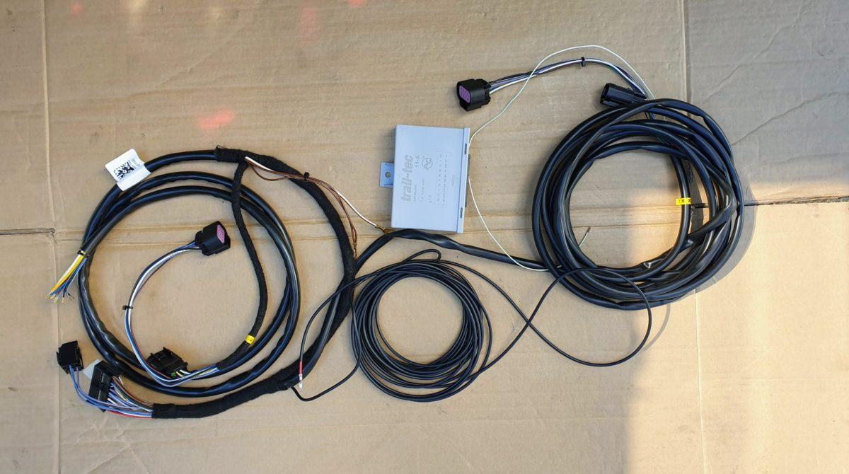 Der fahrzeugspezifische Kabelsatz für die Anhängerkupplung