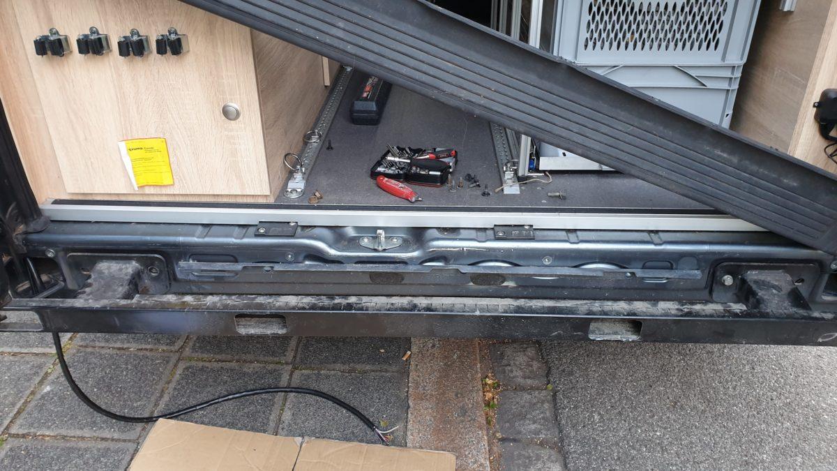 Einbau einer Anhängerkupplung am Wohnmobil